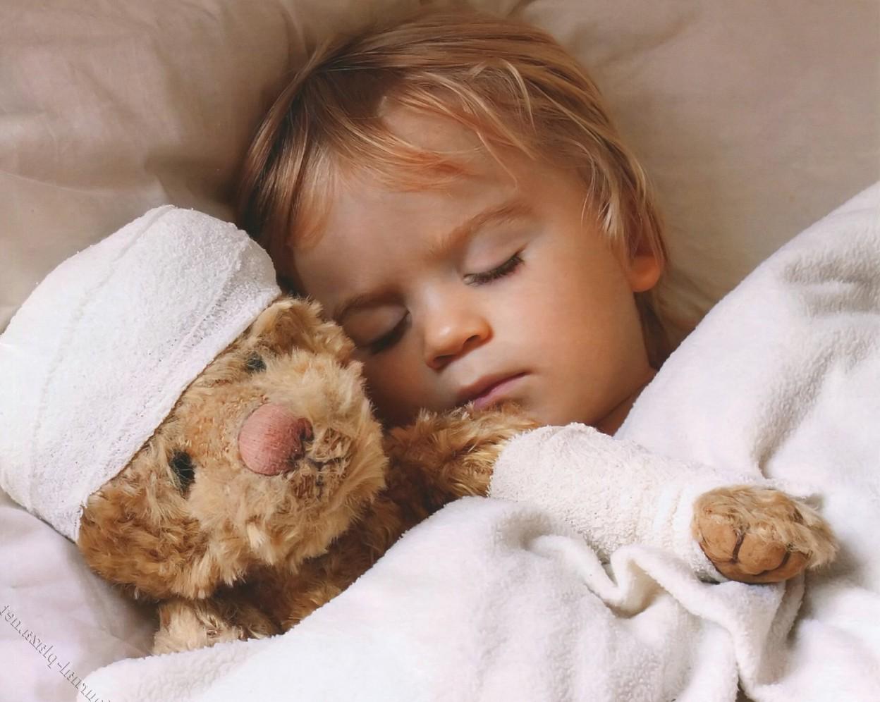 Как выявить кишечный грипп у ребёнка и взрослого