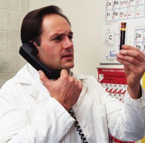 болит поджелудочная железа симптомы заболевания лечение