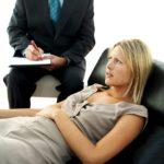 Лечение паранойи: чем может помочь официальная медицина