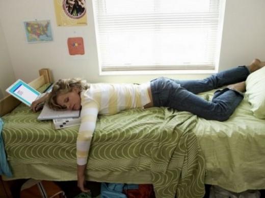 Фото спящего человека
