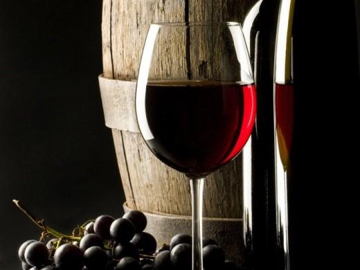 Польза красного вина известна ещё со времён Гиппократа