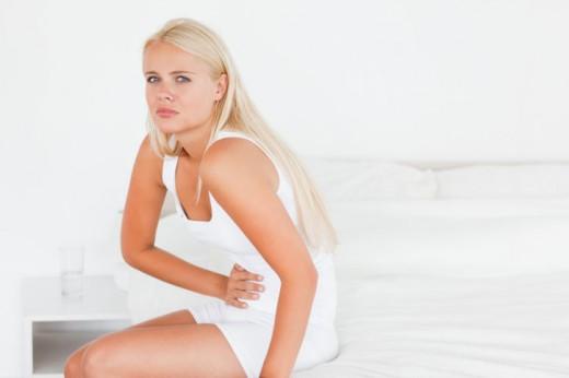 Женщина с болевым синдромом