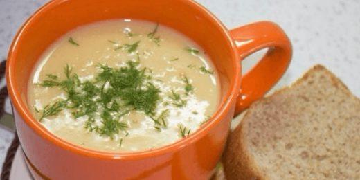 Чашка с супом-пюре