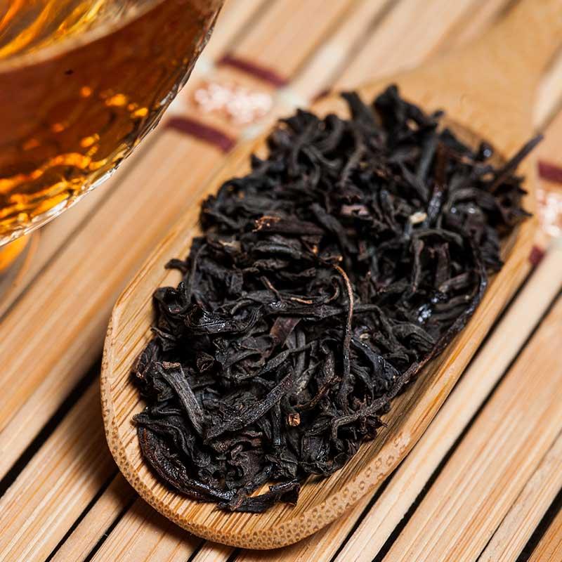 Промыть глаз черным чаем