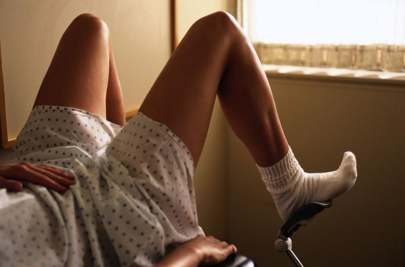 Гонорея у женщин: как вовремя заметить и вылечить патологию