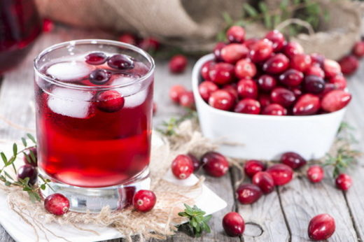 Клюквенный сок и ягоды