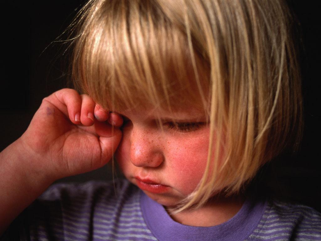 Аллергический конъюнктивит у детей: как помочь малышу?