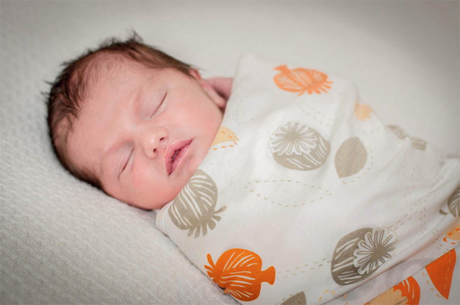 пеленать новорожденного во сне для пассивного
