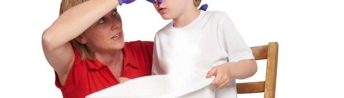 Кровь из носа у детей: причины и лечение, особенности частых ...