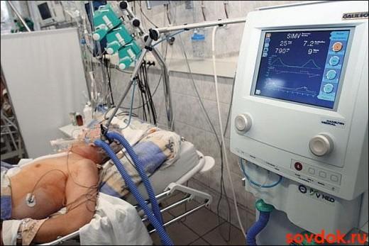 пациент в коме в ОИТР