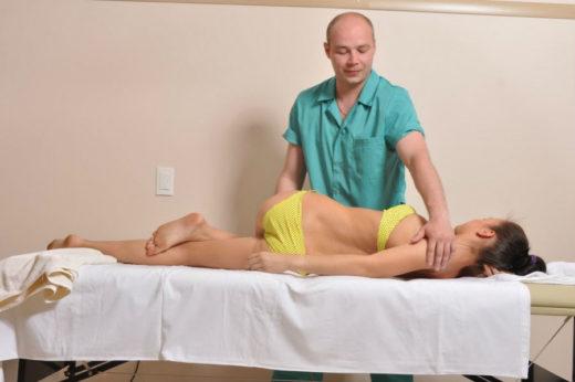 Сеанс мануальной терапии