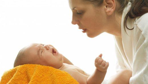 Больной младенец с мамой
