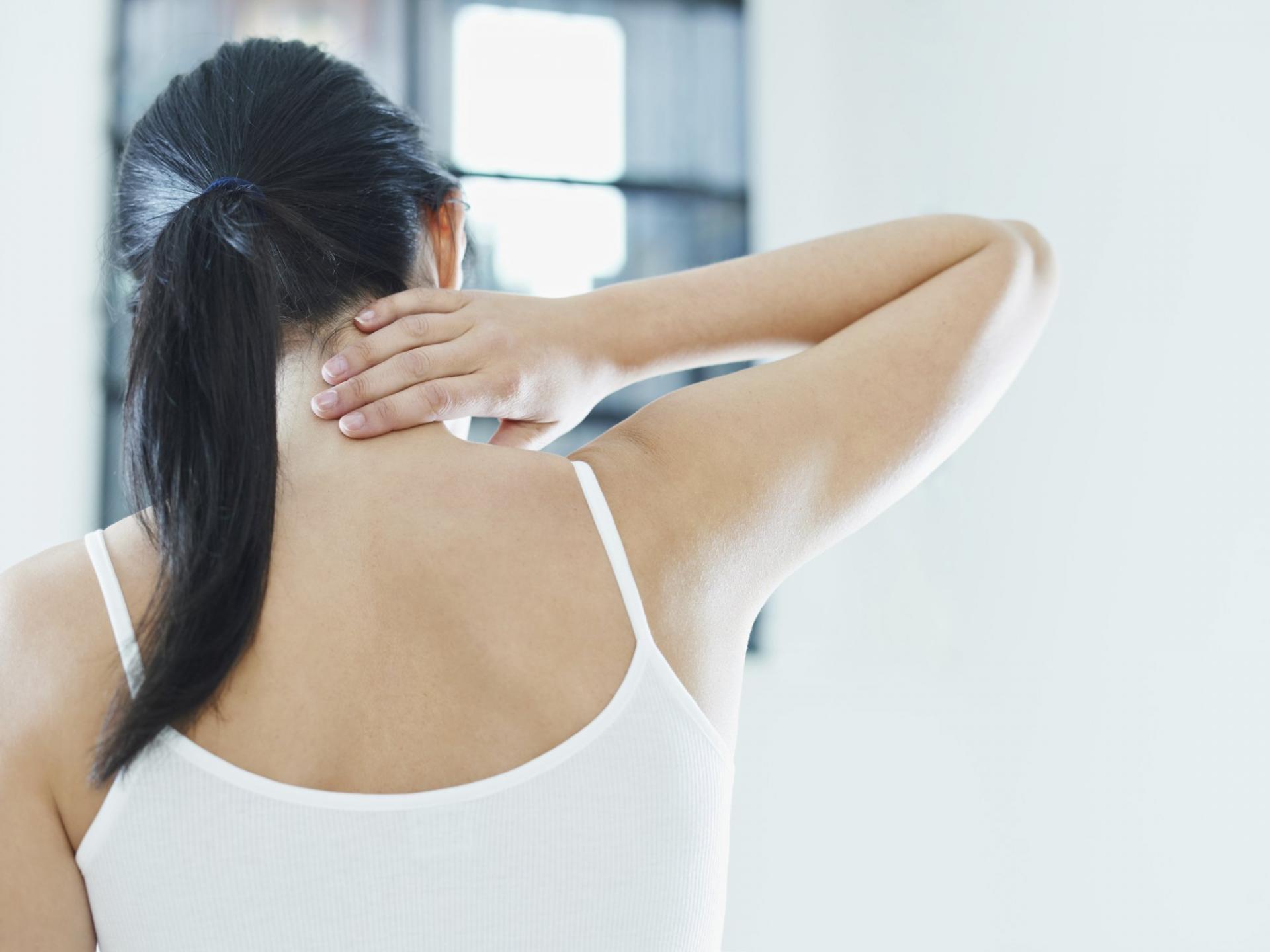 Дорсопатия шейного отдела позвоночника: как распознать и вылечить?