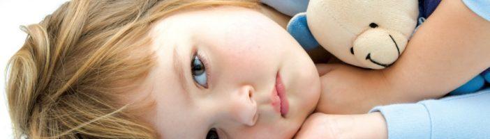 У ребёнка болит живот