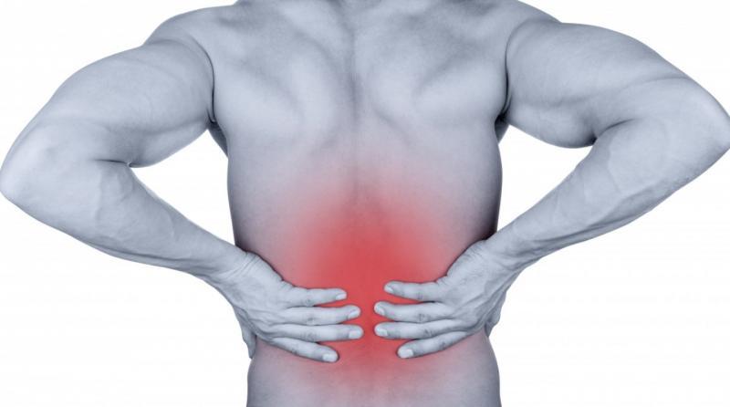 Ушиб спины: чем опасен и как лечить