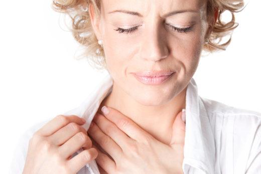 Ком в горле вызывает болевые ощущения